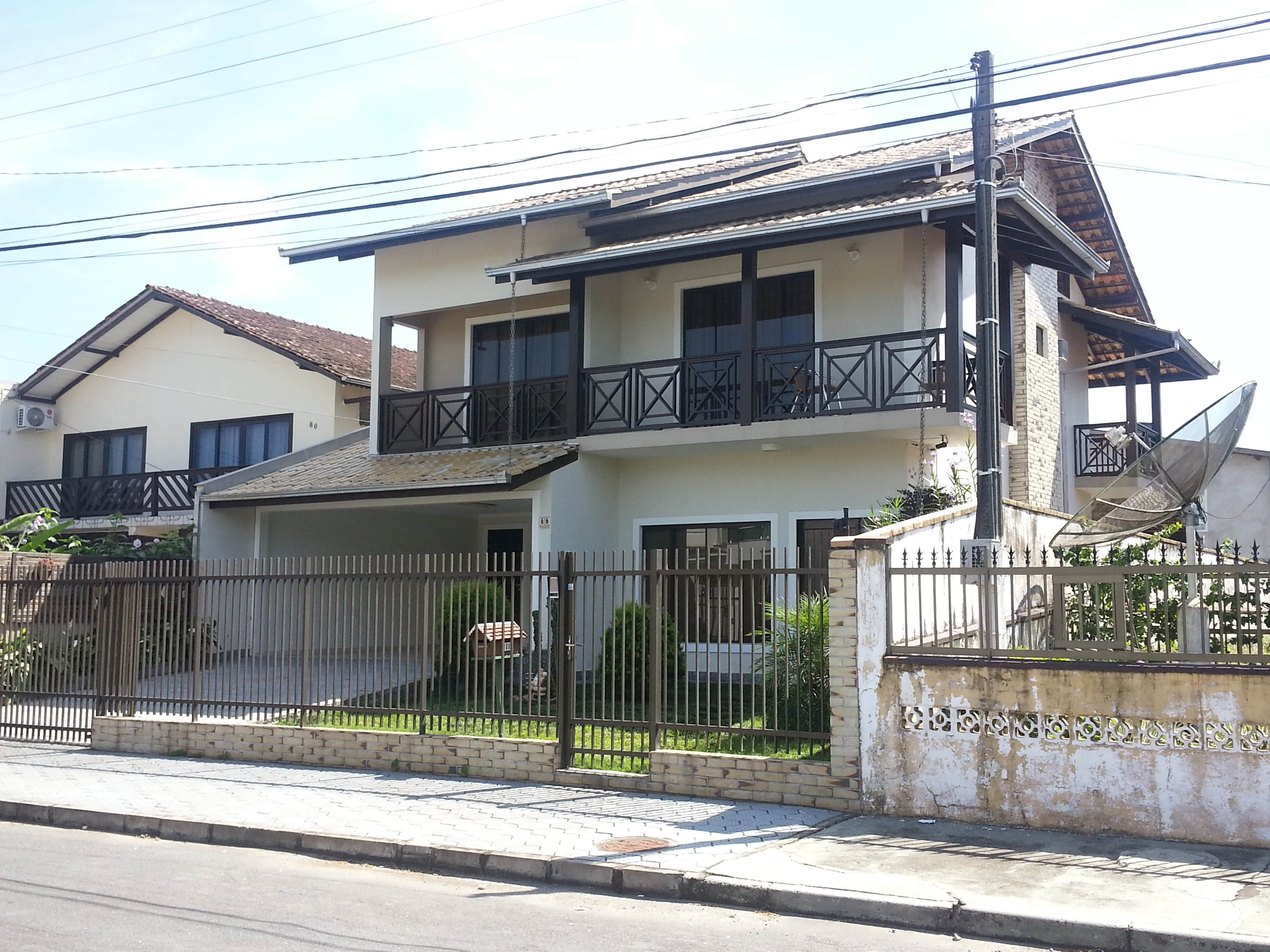 Residencia Unifamiliar Richlin title=